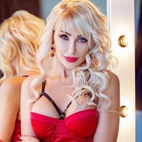 Hot_Blondy